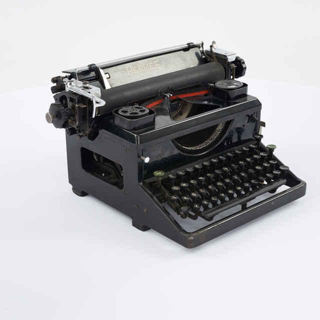 Stroj písací zn. Hermes