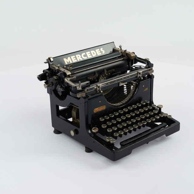 Stroj písací zn. Mercedes