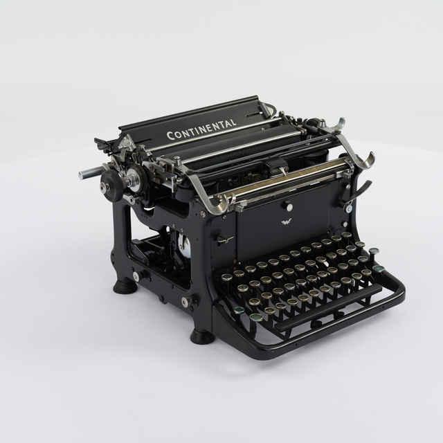 Stroj písací zn. Continental