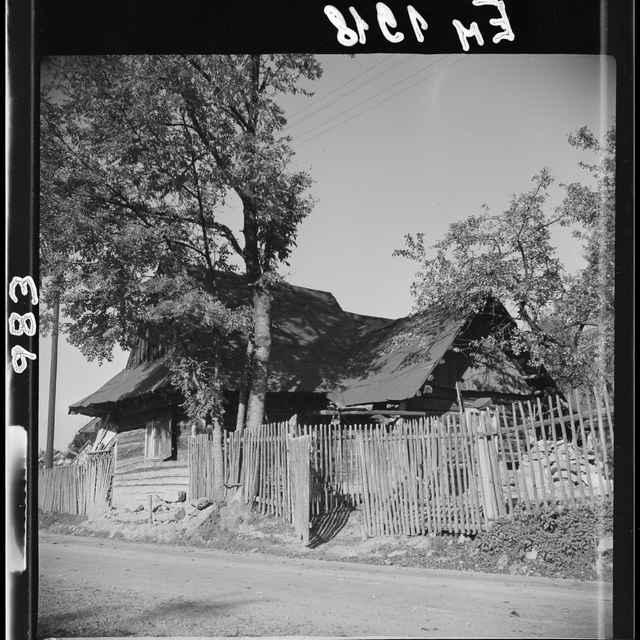 Fotonegatív čiernobiely Lodno