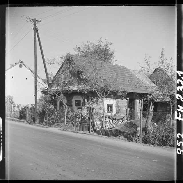 Fotonegatív čiernobiely Dohňany