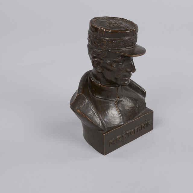 Busta Milana Rastislava Štefánika, autor: akad. sochár Miroslav (Frico) Motoška - Motoška, Frico