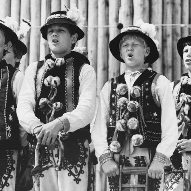 Mladí speváci z detského folklórneho súboru Tatranka