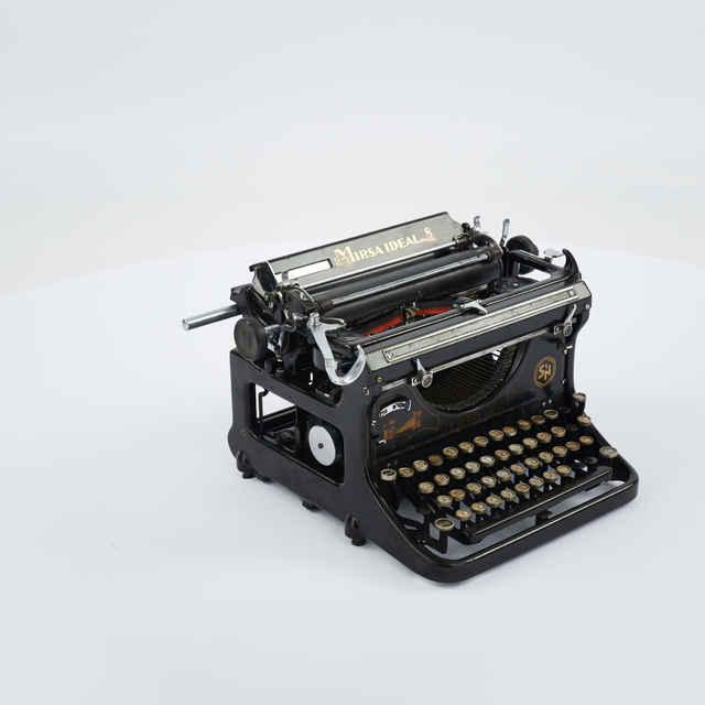 Stroj písací zn. Mirsa Ideal
