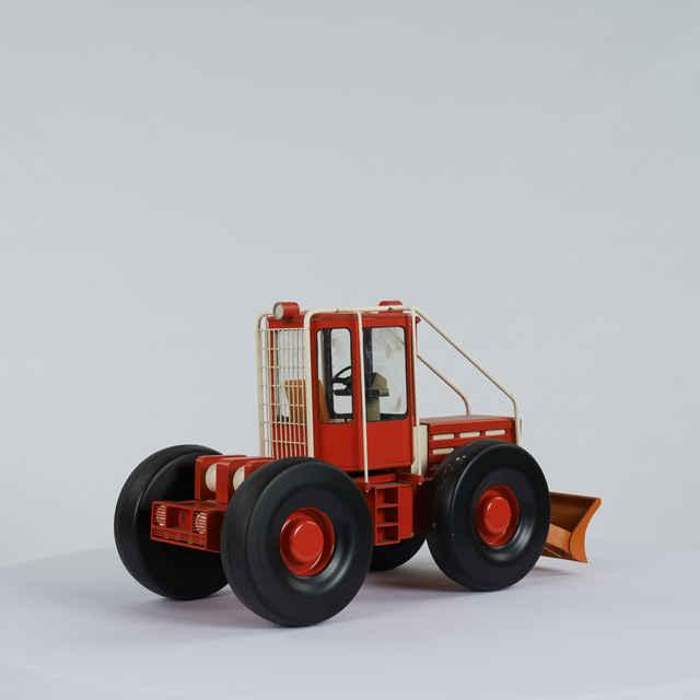 Traktor kolesový lesný /model/ - Čalovka, Ján