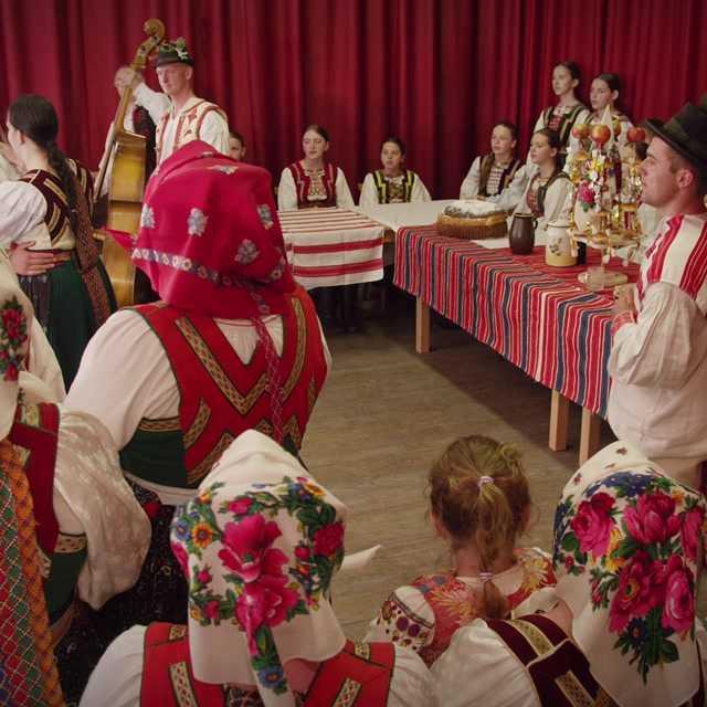 Vešiľa: Vezut nevistu ku svekri; Sňimaňe parti a Hajdukovaňe; Bravťivskyj; Čepčiňa