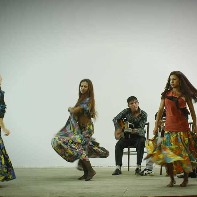 Romano čardaš - tanec žien