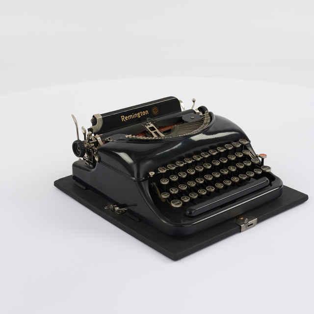Stroj písací zn. Remington Z
