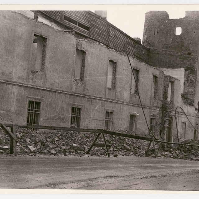 Fotografia Kežmarku: <u>hrad</u> - búranie severozápadného traktu