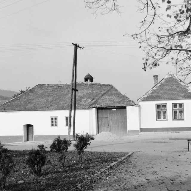Obytné domy v Kráľovej