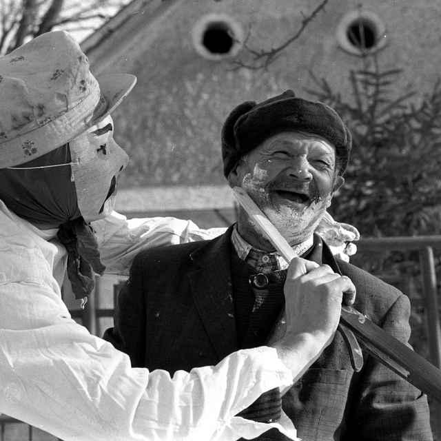 Fašiangová obchôdzka v obci Čilistov