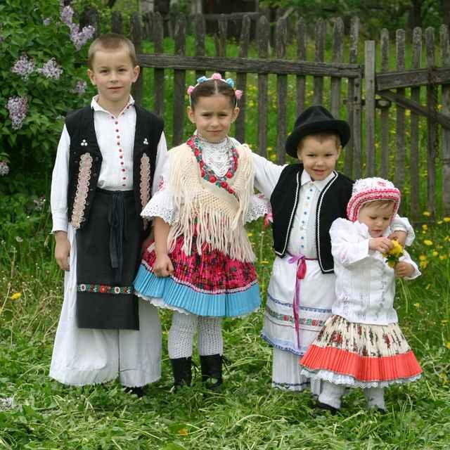 Detský odev z Príbeliec
