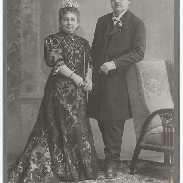 Fotografia neznámeho staršieho manželského páru