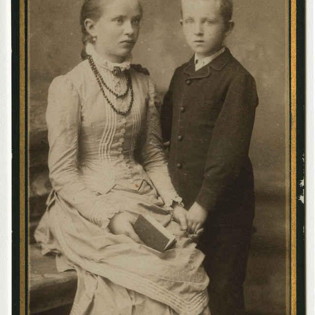 Fotografia dvojice detí - Muzeálny objekt