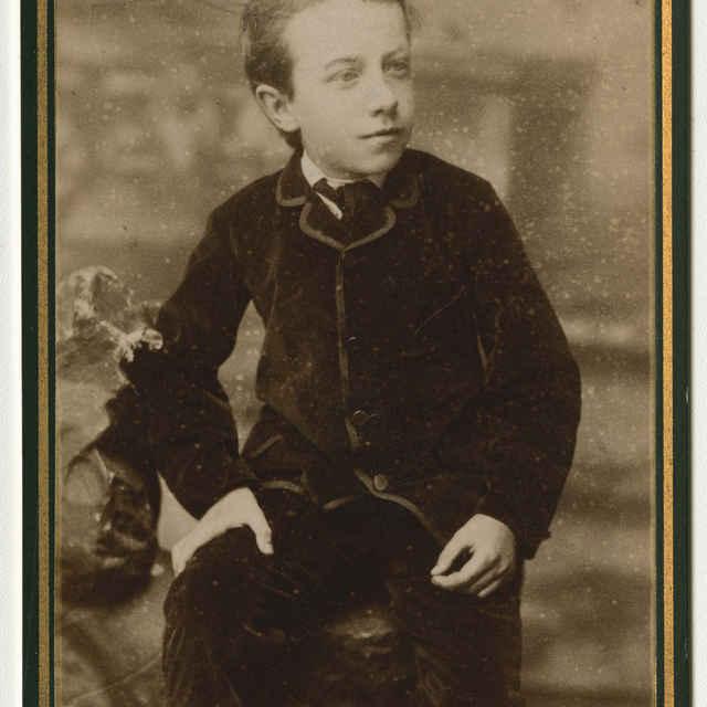 Fotografia chlapca - Muzeálny objekt