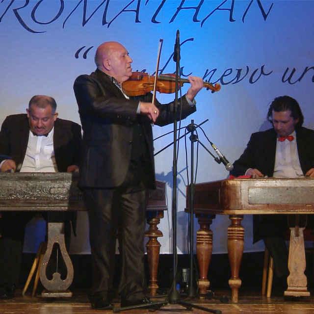 Anitrin tanec - Romathan v novom šate - Gáborová-Kroková, Jana