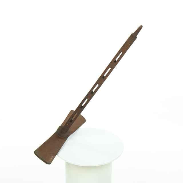 Praslica drevená, obojstranná, prísadná, ornamentálne vyrezávaná