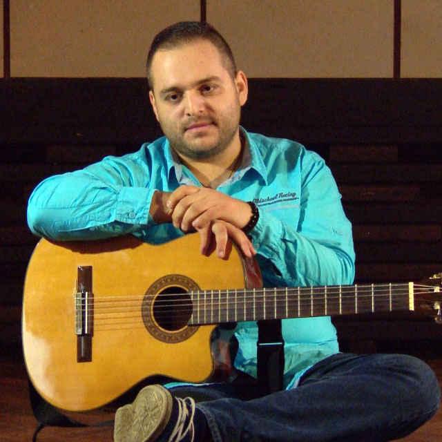 Tomáš Botló - rozprávanie o rómskej hudbe - Paľová, Jana