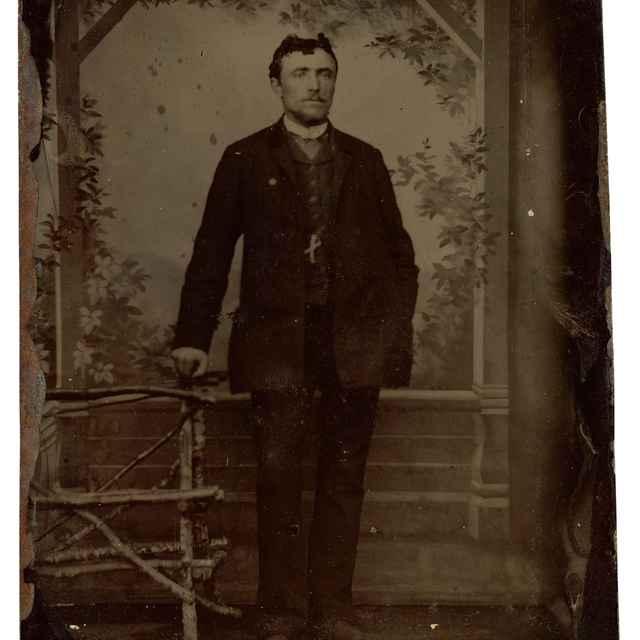 Portrét stojaceho muža - Neznámy autor