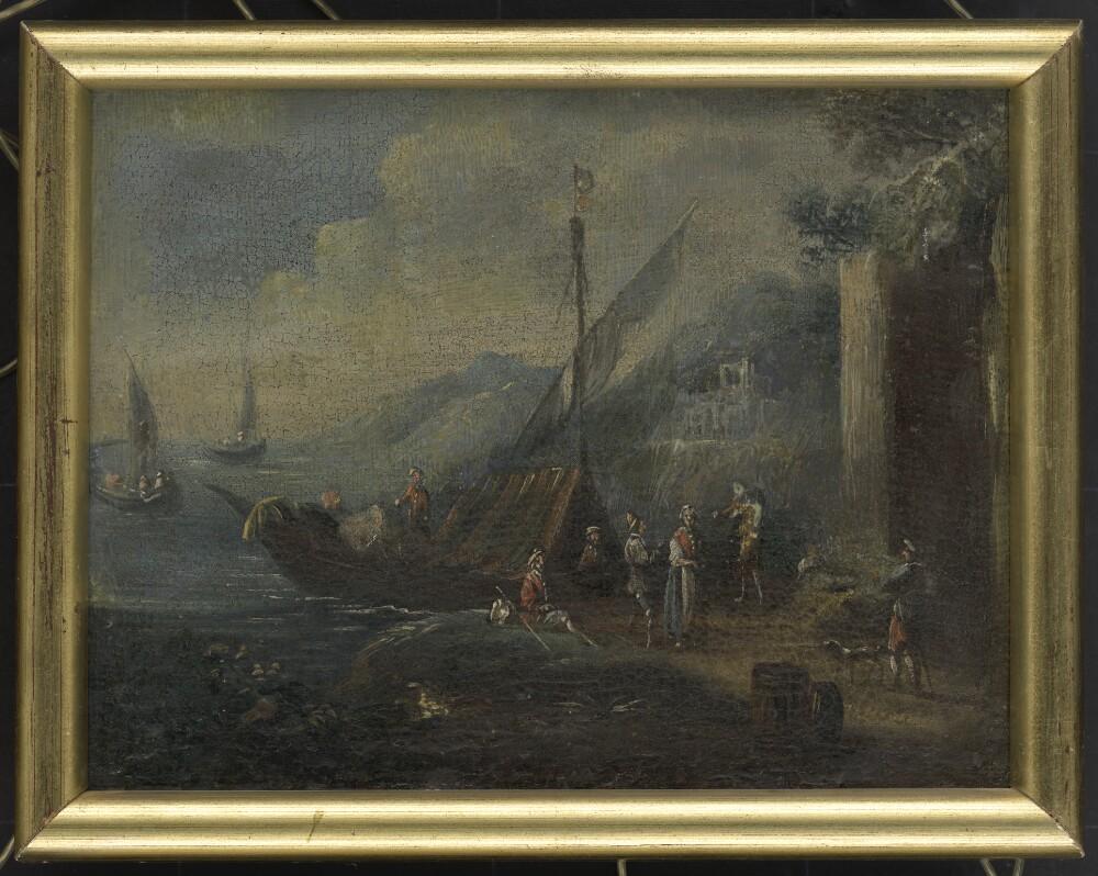 Loď v prístave so štafážou